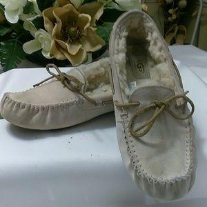 Uggs slip on moccasins like shoe